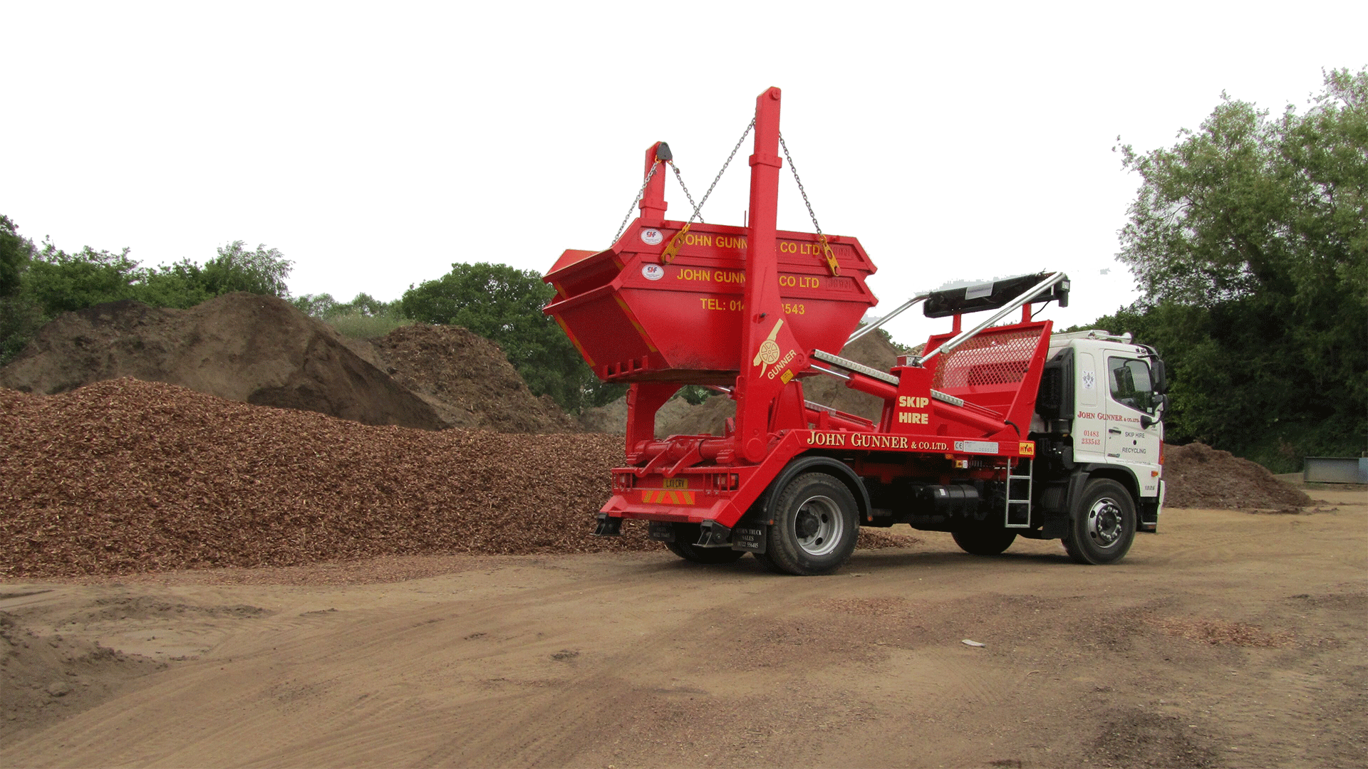 Guildford Skip hire truck and skip